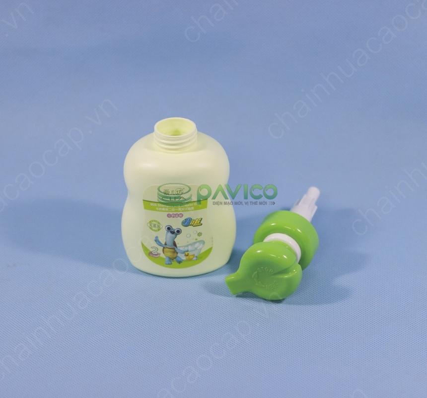 Chai lọ sữa tắm trẻ em 420ml