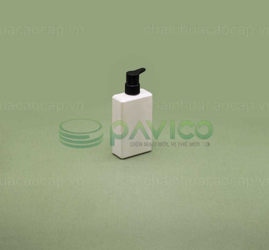 chai nhựa đựng dầu gội sữa tắm