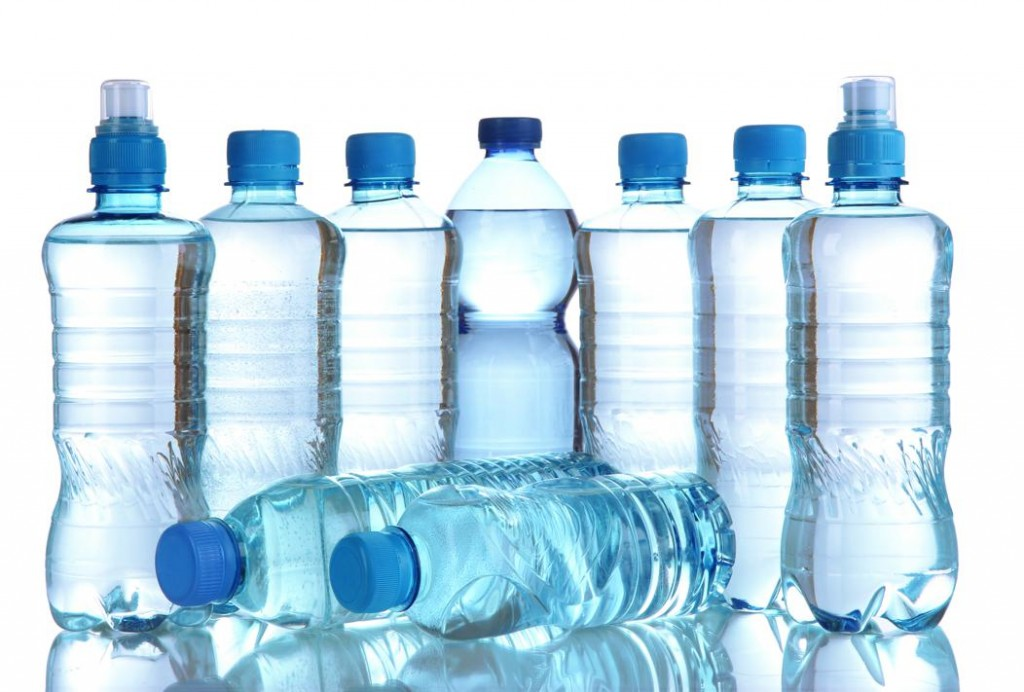 chai nhựa đựng nước uống
